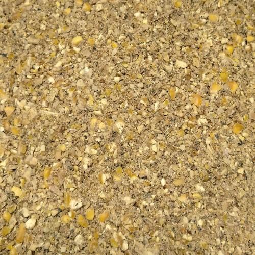 Pienso harina para Gallinas y Aves de Corral
